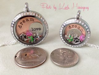 Origami Owl Locket Size Comparison. How big? How many Charms? www ... | 245x322